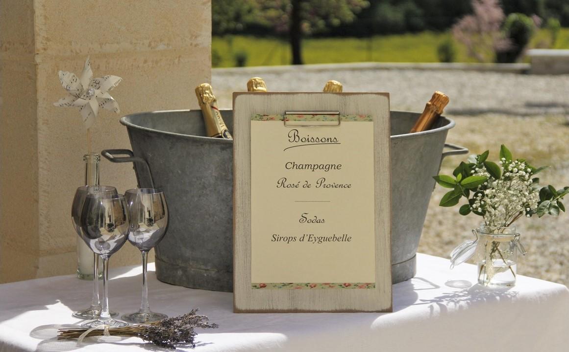 Décoration bar à boissons mariage, thème champêtre vintage, Montélimar/Drôme/Ardèche