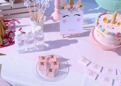 """Buffet gourmand pastel, thème """"licornes"""", Anniversaire de Shana et Assia- Montélimar"""