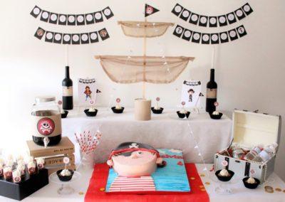 """Buffet gourmand pour anniversaire, thème """"pirates"""""""